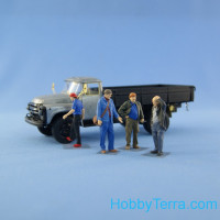 Set of 4 resin figures of mechanics/drivers
